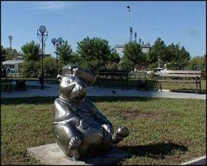 Новый памятник появился в Ангарске. Но не человеку. Жители города решили увековечить заслуги сурка.